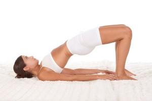Köprü Duruşu Yoga Egzersizi Yoga Nasıl Yapılır ve Hareketleri? Yoga Nasıl Yapılır ve Hareketleri? yoga hareketleri kopru durusu 300x200