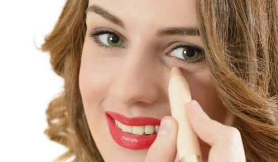 makyaj önerileri  Makyaja Yeni Başlayanlar Göz Kalemi Nasıl Çekilir, Rimel Nasıl Sürülür makyaj onerileri